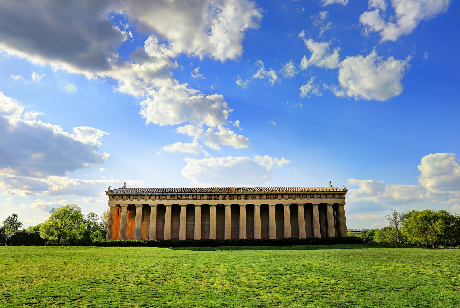 The Parthenon in Nashville by Booking Express Travel